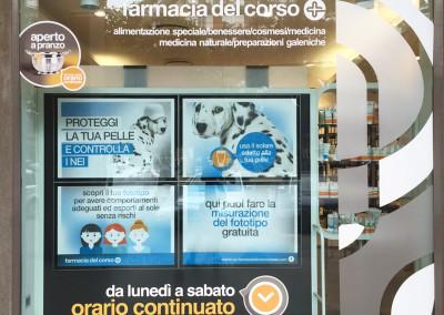 farmacia del corso acireale vetrina 1