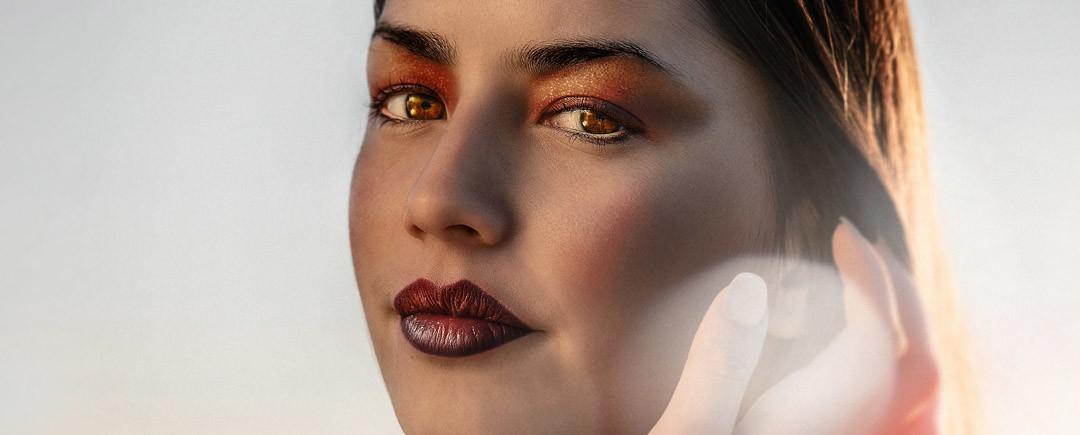 Make-up antietà con l'acido ialuronico